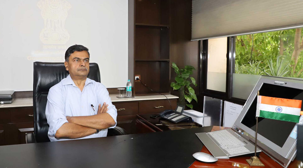 Power Minister R K Singh unveils rules to protect electricity consumers