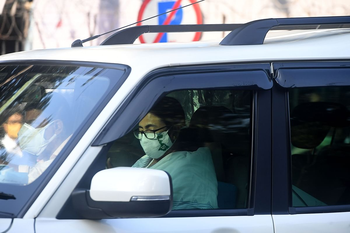 Sourav Ganguly undergoes second round of angioplasty, two stents inserted; WB CM Mamata Banerjee visits