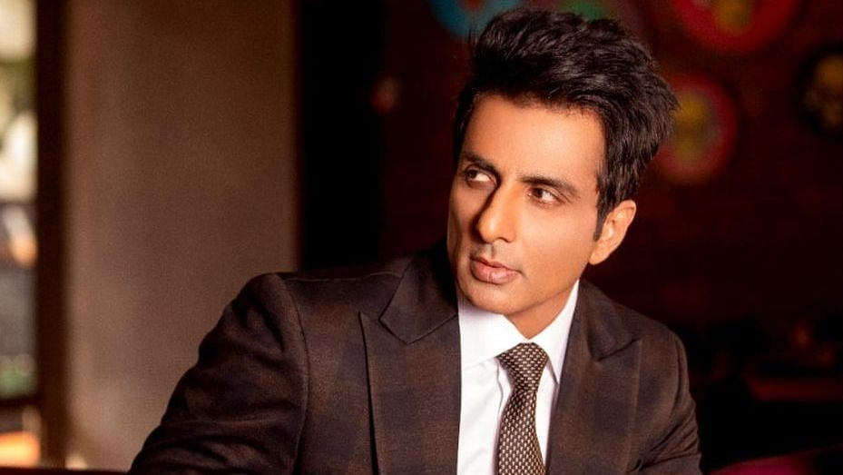 Sonu Sood moves SC challenging BMC notice over alleged illegal construction in Juhu