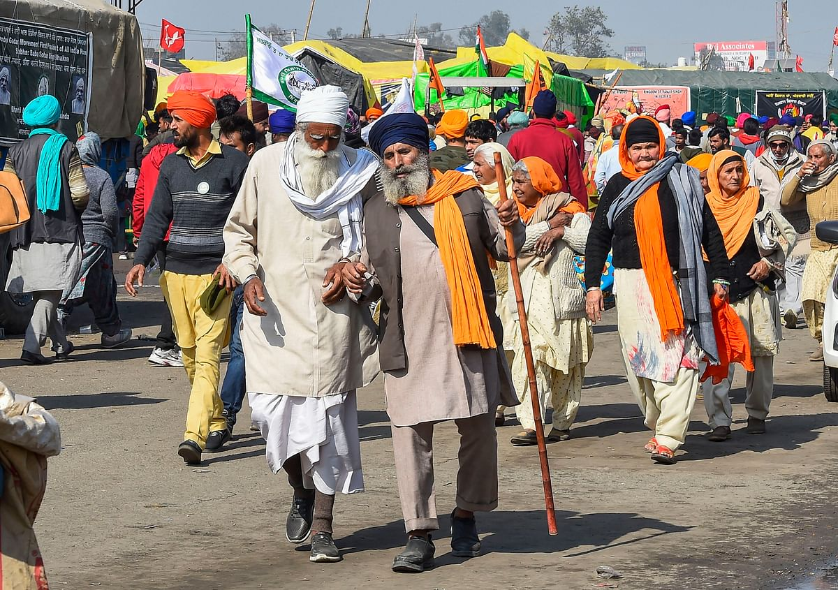 Punjab govt gives Rs 5 lakh each to families of 4 farmers who died during protest