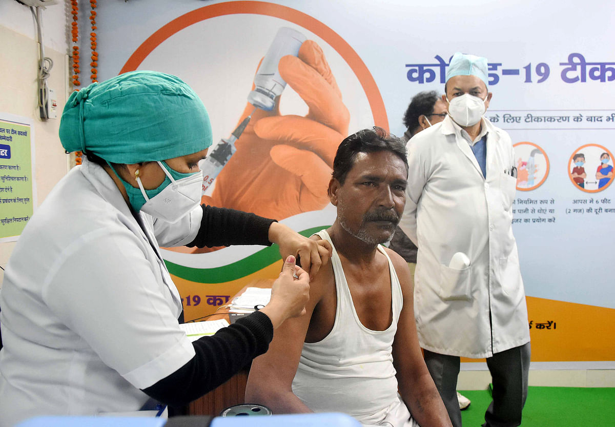 Madhya Pradesh ranks second in first dose Covid vaccination of healthcare, frontline workers, claims health minister