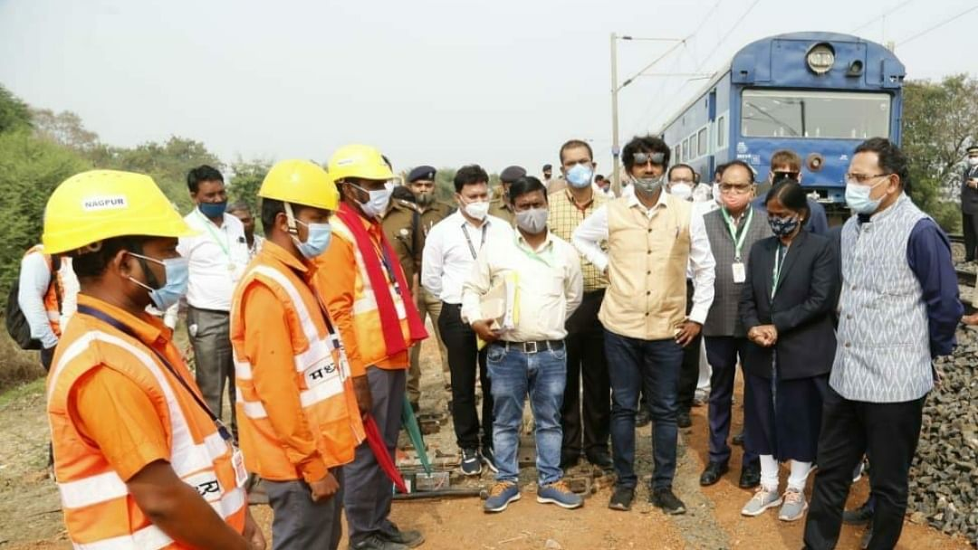 Sanjeev Mittal, General Manager, Central Railway conducts Annual Inspection of Nagpur Division