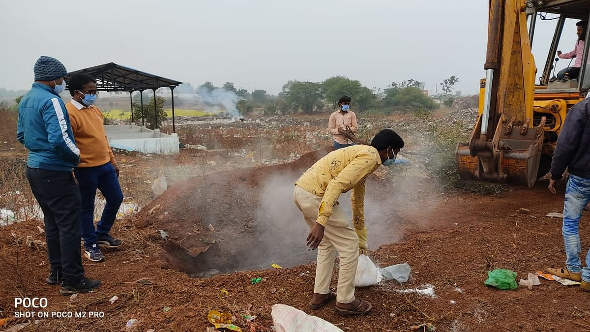Municipality buried dead birds in a pit at trenching ground on Tuesday