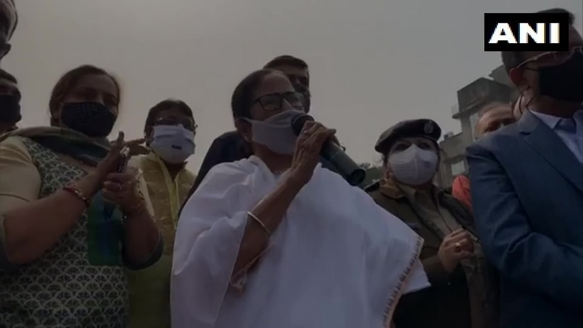 Bagbazar Fire: Mamata Banerjee visits gutted Kolkata slum, promises to build all shanties