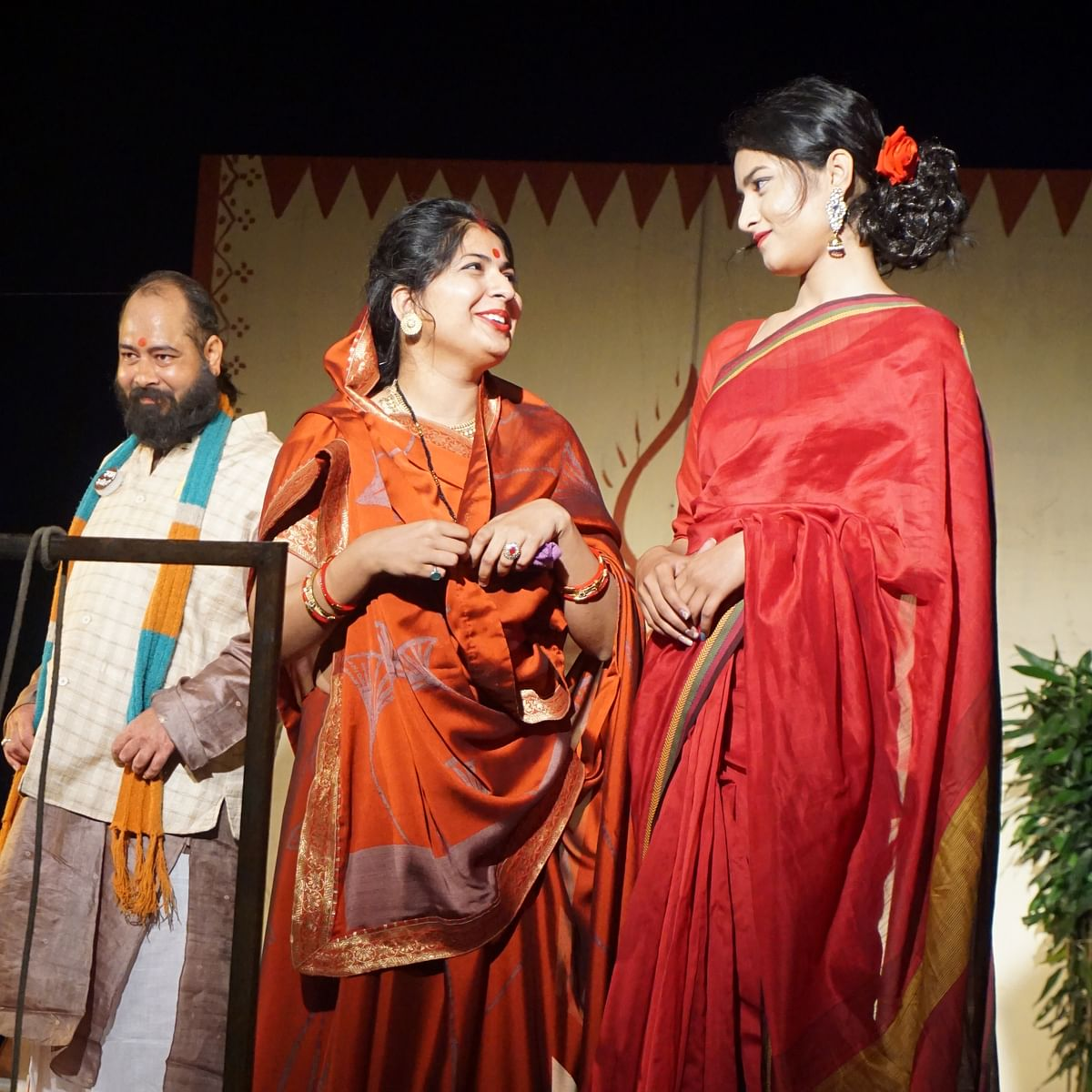 Ujjain: MPSD's theatre workshop ends with comedy play 'Are Bhala Manak Hon'