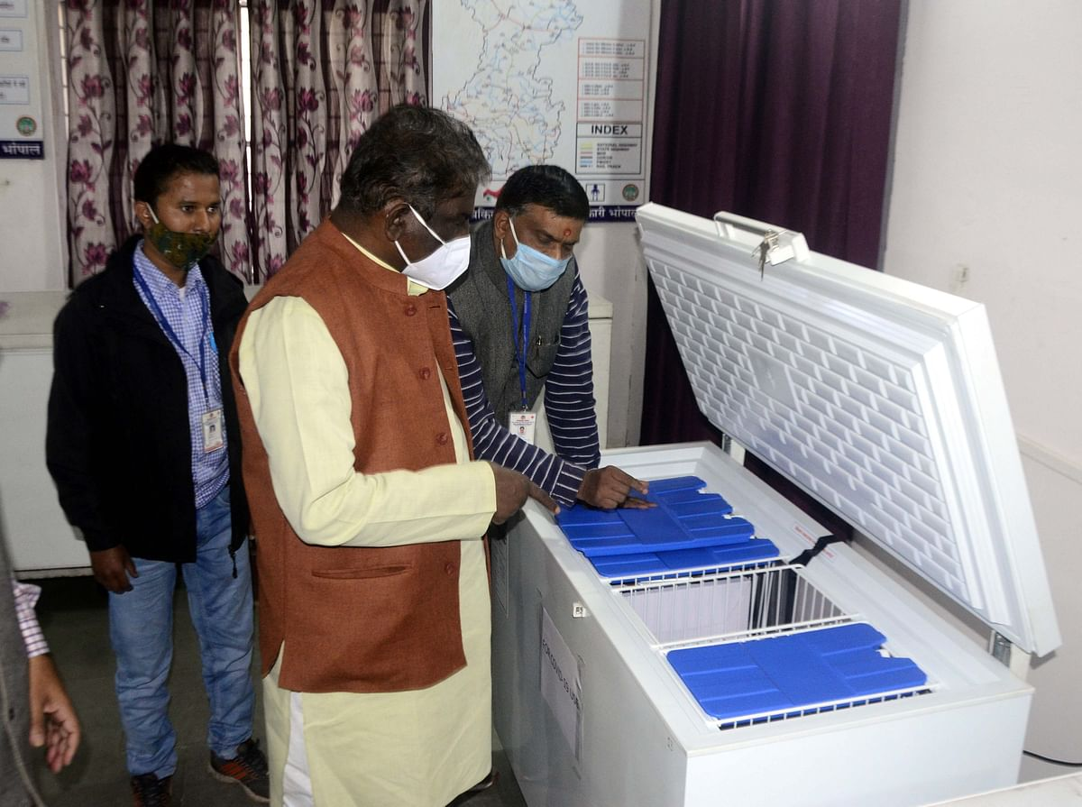 Madhya Pradesh health minister Dr Prabhuram Chaudhary inspects arrangements at JP Hospital.