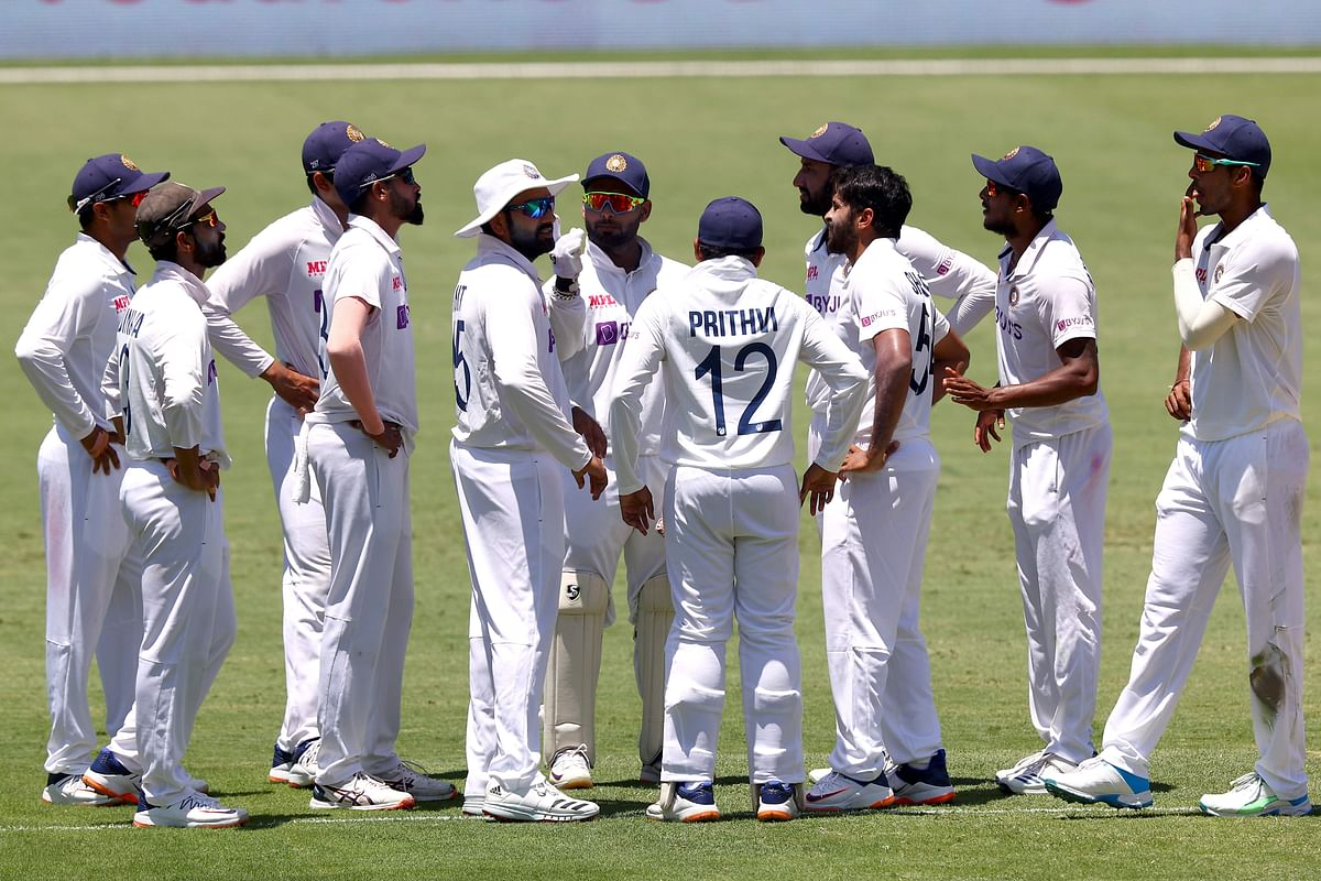 Ind vs Aus, 4th Test: Rookie Indian bowling line-up dismiss Australia for 369 on day 2
