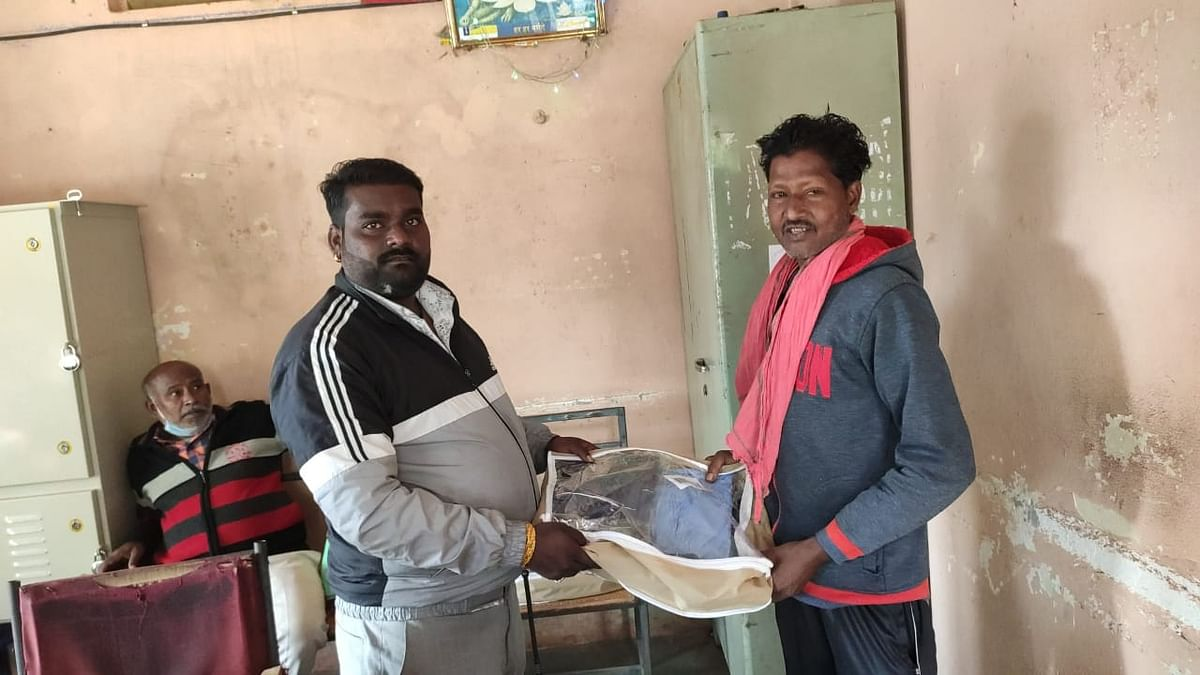 PPE kits given to sanitation workers