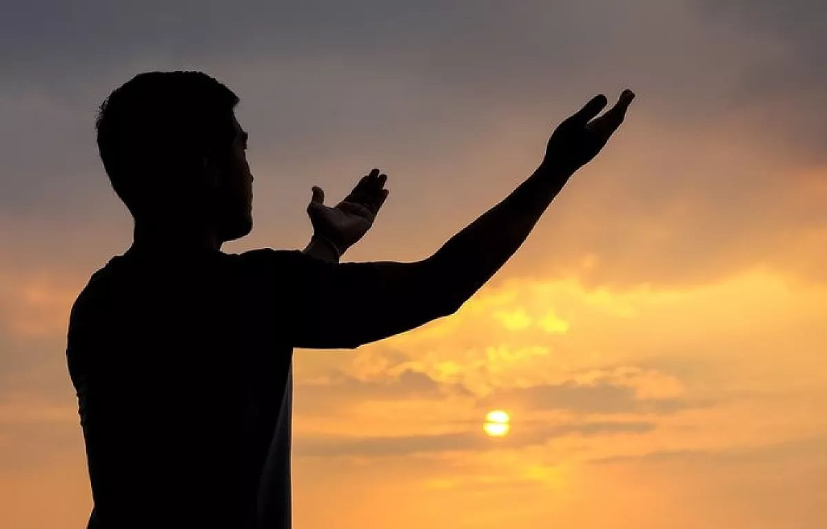 Guiding Light: Your daily appointment with God