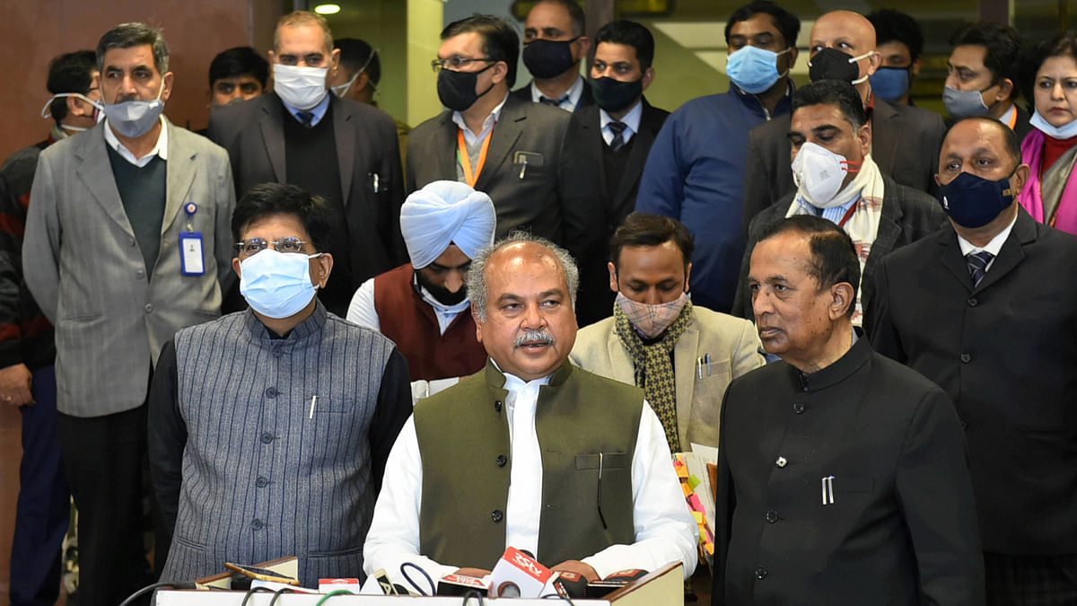 Union Minister for Agriculture and Farmers Welfare Narendra Singh Tomar along with Union Minister for Commerce and Industry Piyush Goyal and other dignitaries address the media after the ninth round of talks with farmer leaders