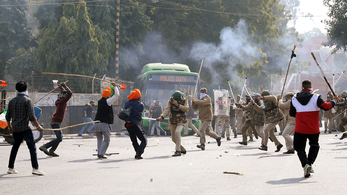 Farmers' tractor rally: Delhi Police says 86 personnel injured in clashes with farmers