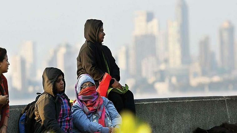 Mumbai's temp continues to drop, air quality deteriorates further