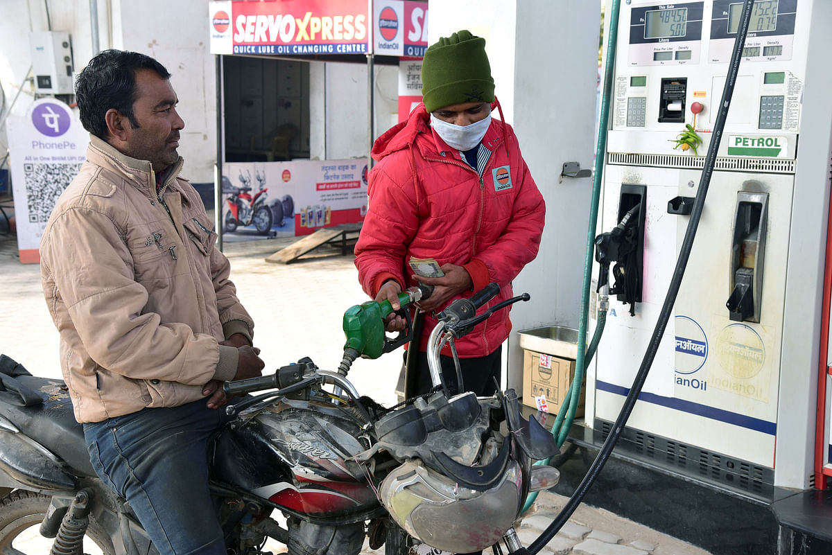 Petrol, diesel prices cut for second consecutive day