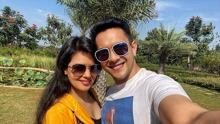 How I Met My Wife: From love at first sight to taking the saat pheras, singer-actor Aditya Narayan reveals it all