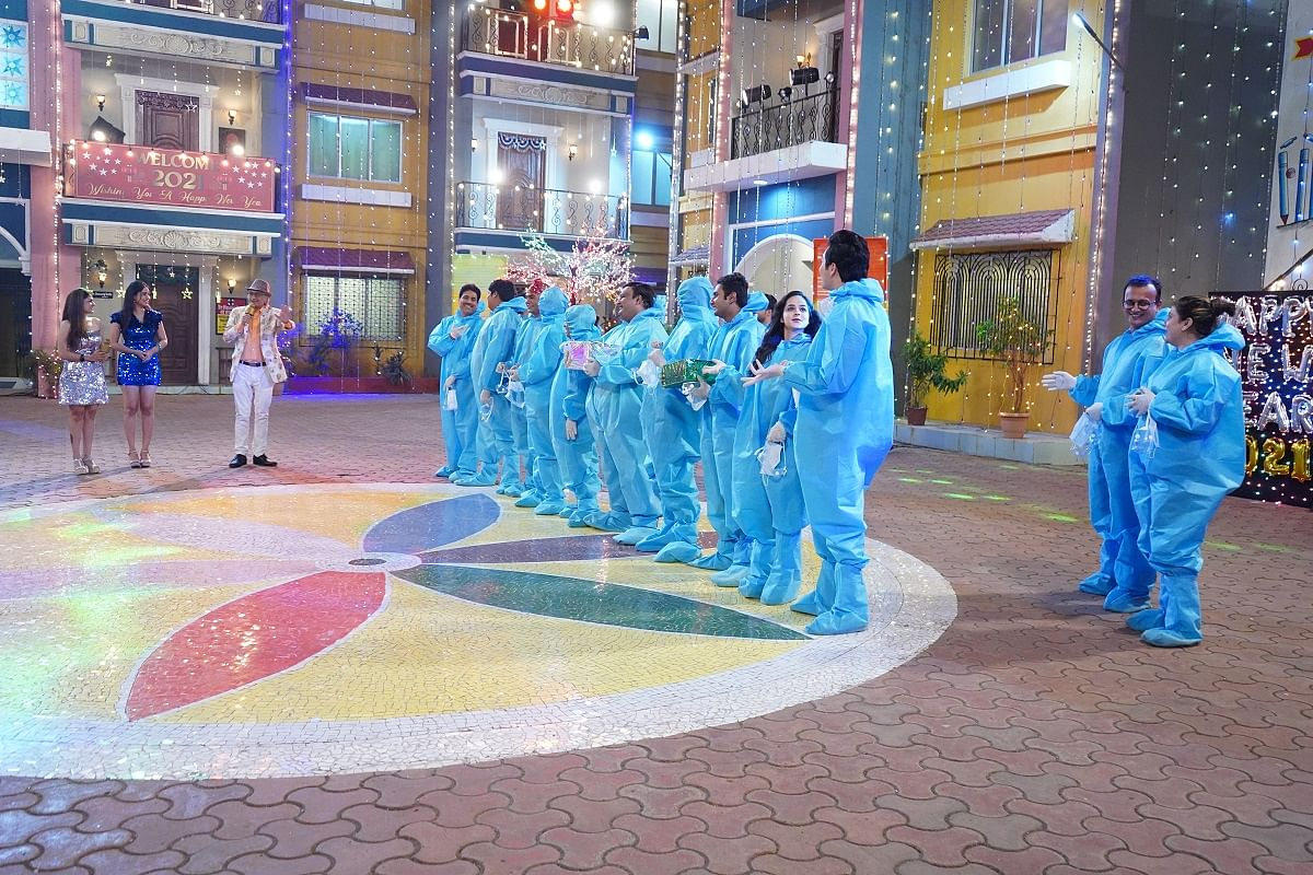Taarak Mehta Ka Ooltah Chashmah: Champakklal to host New Year's party; everyone gets PPE kits