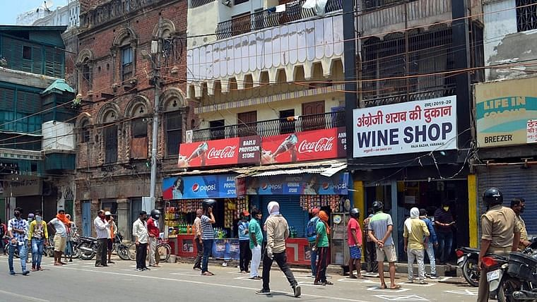 Karnataka: Shops, commercial establishments with 10 or more people allowed to remain open 24x7