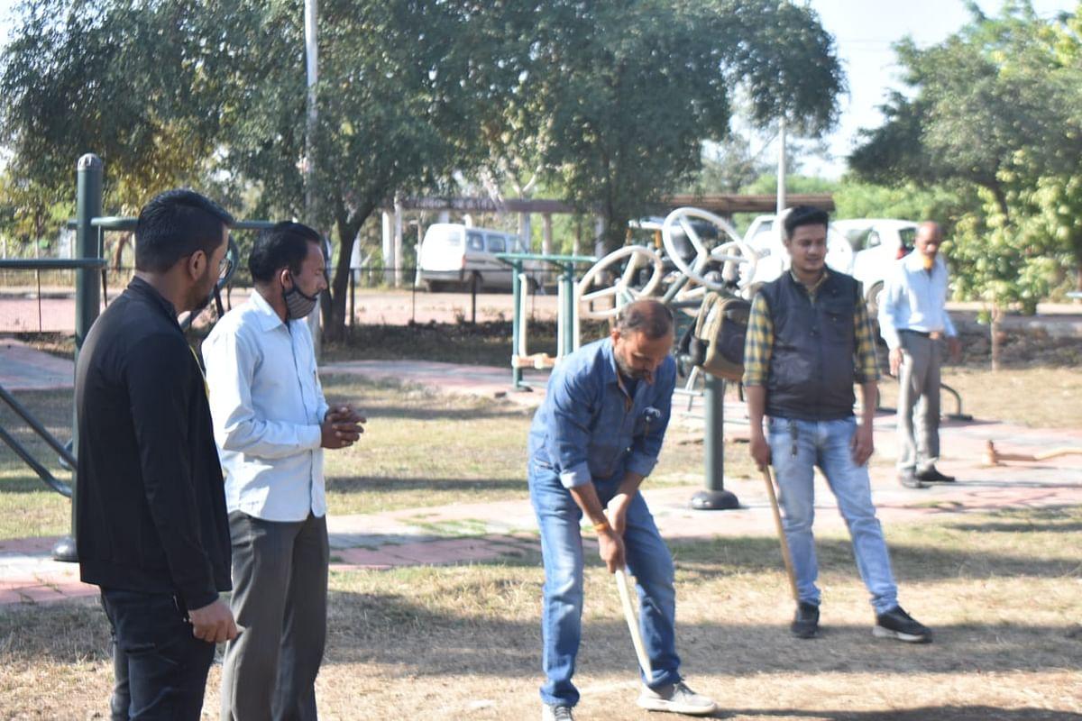 Gully danda contest at WALMI in Bhopal