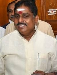 Congress suspends Puducherry  minister after 'quit' notice