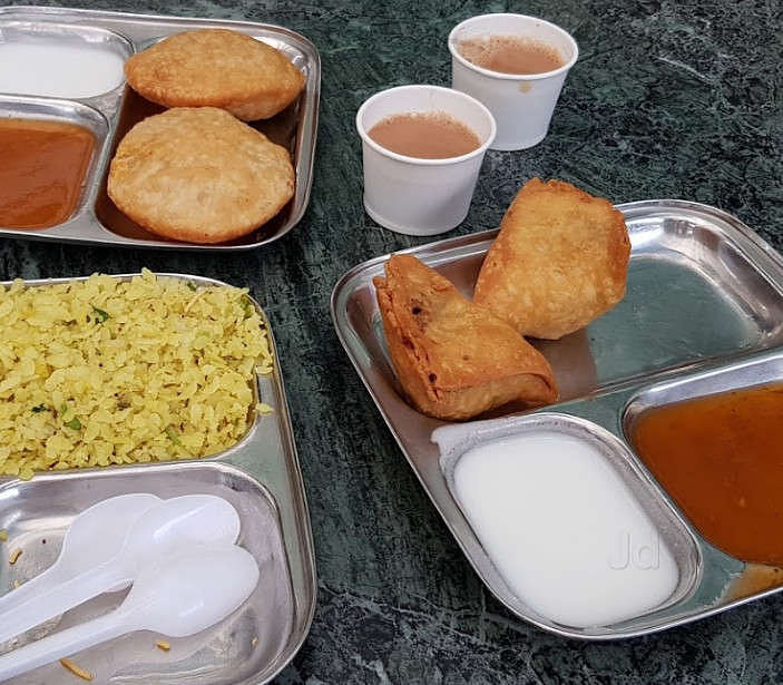 Madhya Pradesh: Fill your cars and your stomach at Dodi highway treat