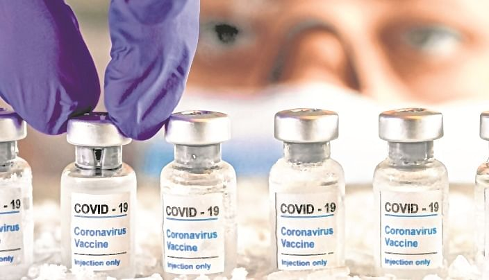 Maharashtra to urge Centre to give free vaccine for people below poverty line