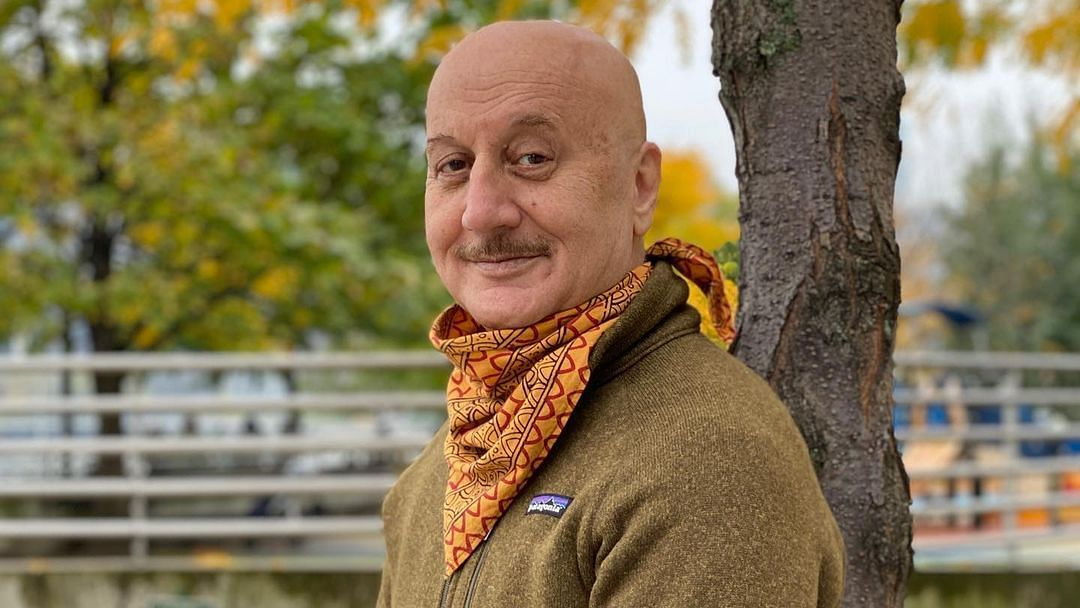 Anupam Kher reveals a die-hard fan wrote letters to him in blood for 6 months!