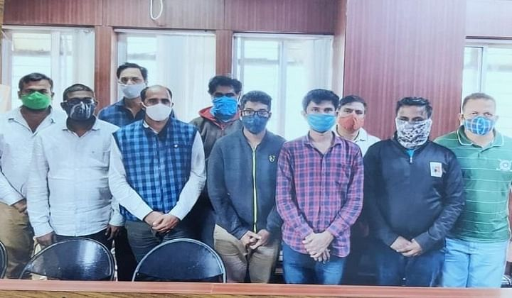 Fake ID-card racket busted, 10 arrested
