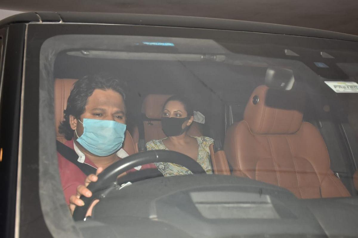 Kareena Kapoor, Taimur Ali Khan attend birthday party; Gauri Khan, Ananya Panday arrive at Karan Johar's residence; see pics