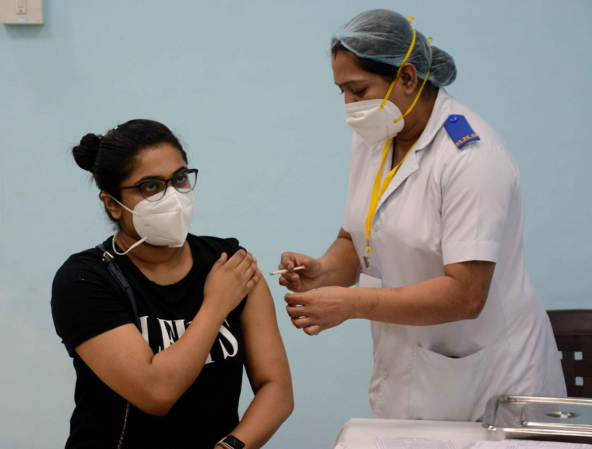 COVID-19 in Mumbai: 5% of registered healthcare workers unfit to get vaccinated