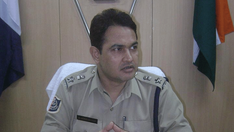 West Bengal: Chandannagar Police Commissioner Humayan Kabir, instrumental in arresting BJP workers for 'Goli Maro' slogans, resigns