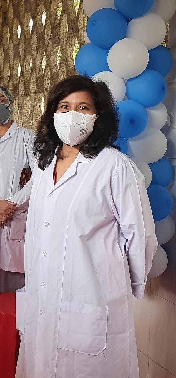 Dr Rachana Gupta, first woman to be vaccinated at ESIC Hospital