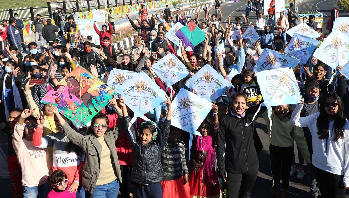 Children enjoy kite festival held by Bhopal Smart City Development Corporation Limited (BSCDL) at Smart Road, on Makar Sankranti on Thursday.