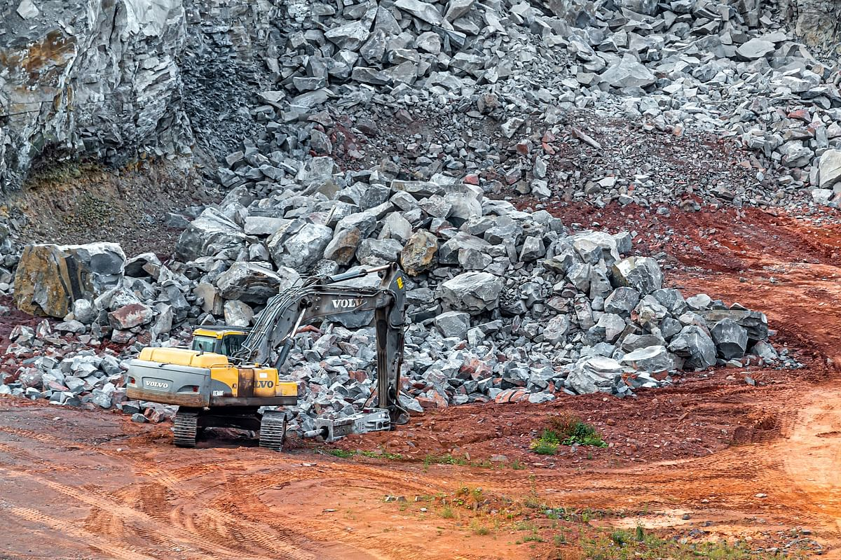 Karnataka: 10 feared killed in blast at stone crushing site in Shivamogga