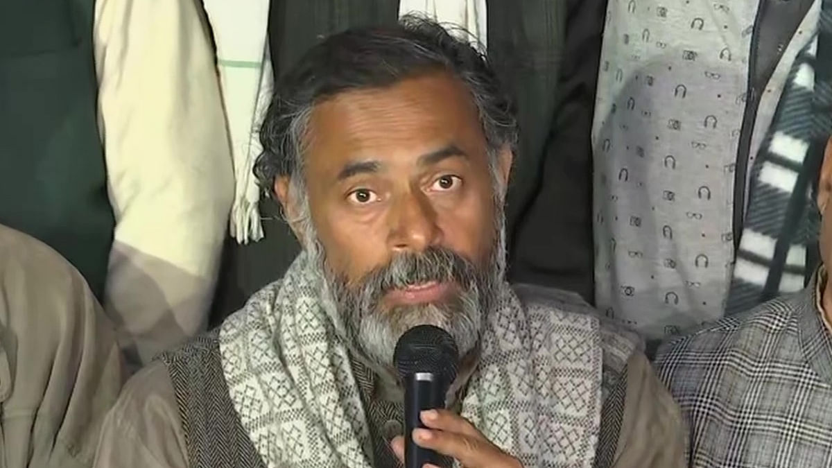 Day after farmers' tractor parade turns violent, Delhi Police names Yogendra Yadav in FIR