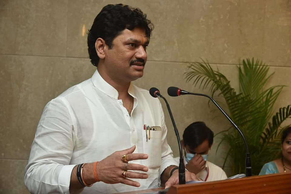 Dhananjay Munde junks charges of rape by singer Renu Sharma
