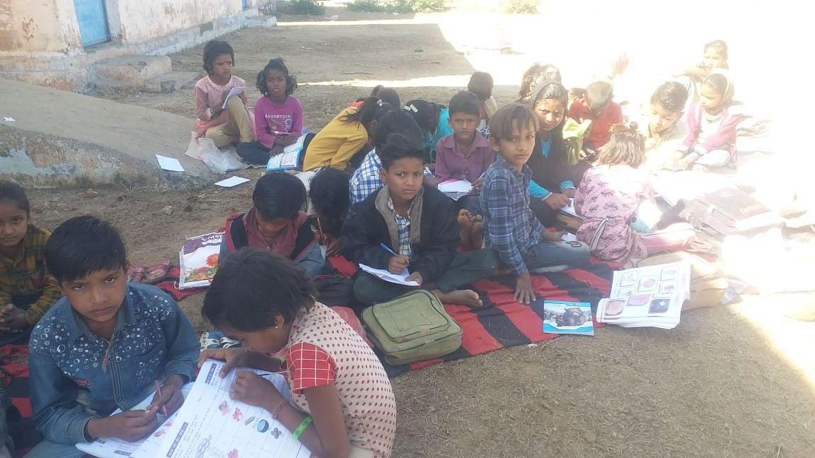 Madhya Pradesh: Manasa schools junk government directive on closure, keep Classes I-VIII open