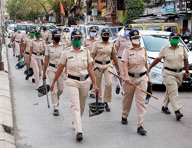 Police detain 52 with criminal records in special operation in Mumbai