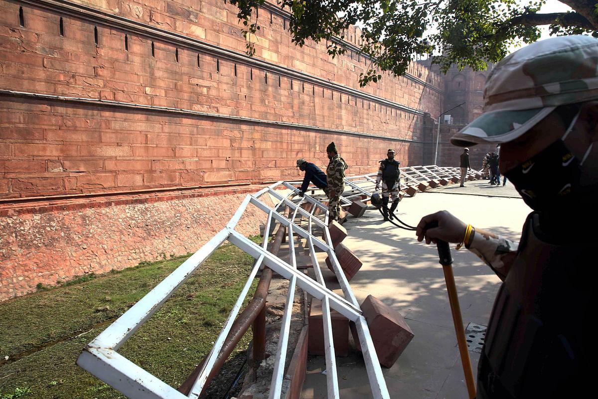 Vandalised railings of the Red Fort