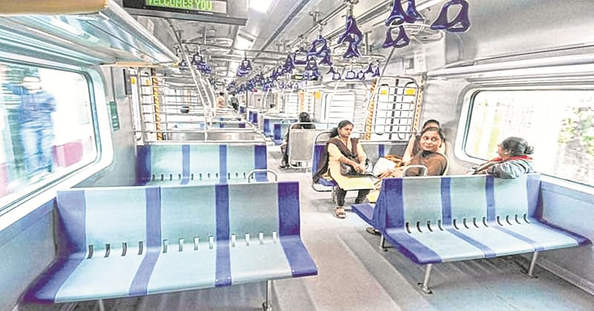 Students, school staff in Maharashtra request local trains services to attend offline lectures