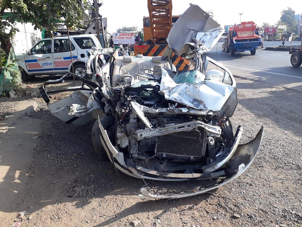 Indore: Advocate, nephew killed after their car rams in stationary truck in Manpur, one woman injured