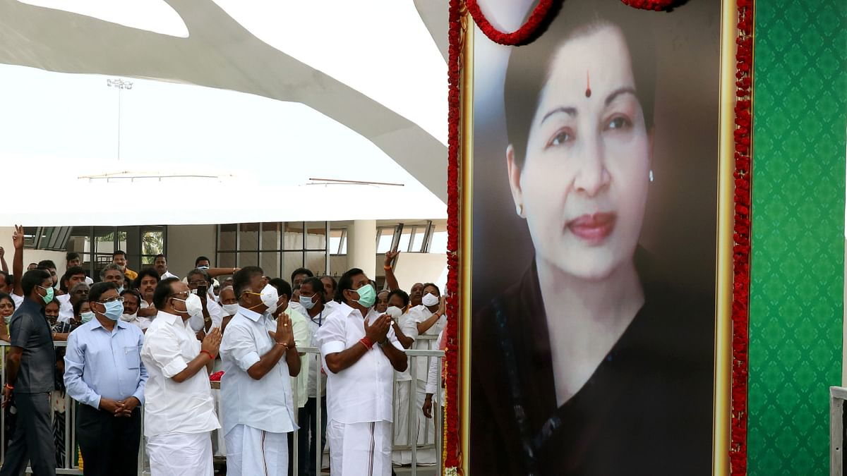 Chennai: Jayalalithaa memorial inaugurated, High Court imposes curbs on Veda Nilayam event