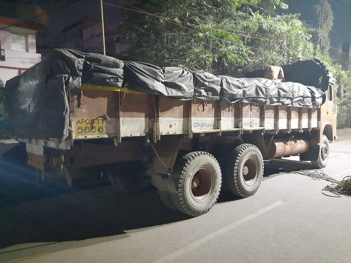 Truck carrying cannabis seized in Raipur, Chhattisgarh