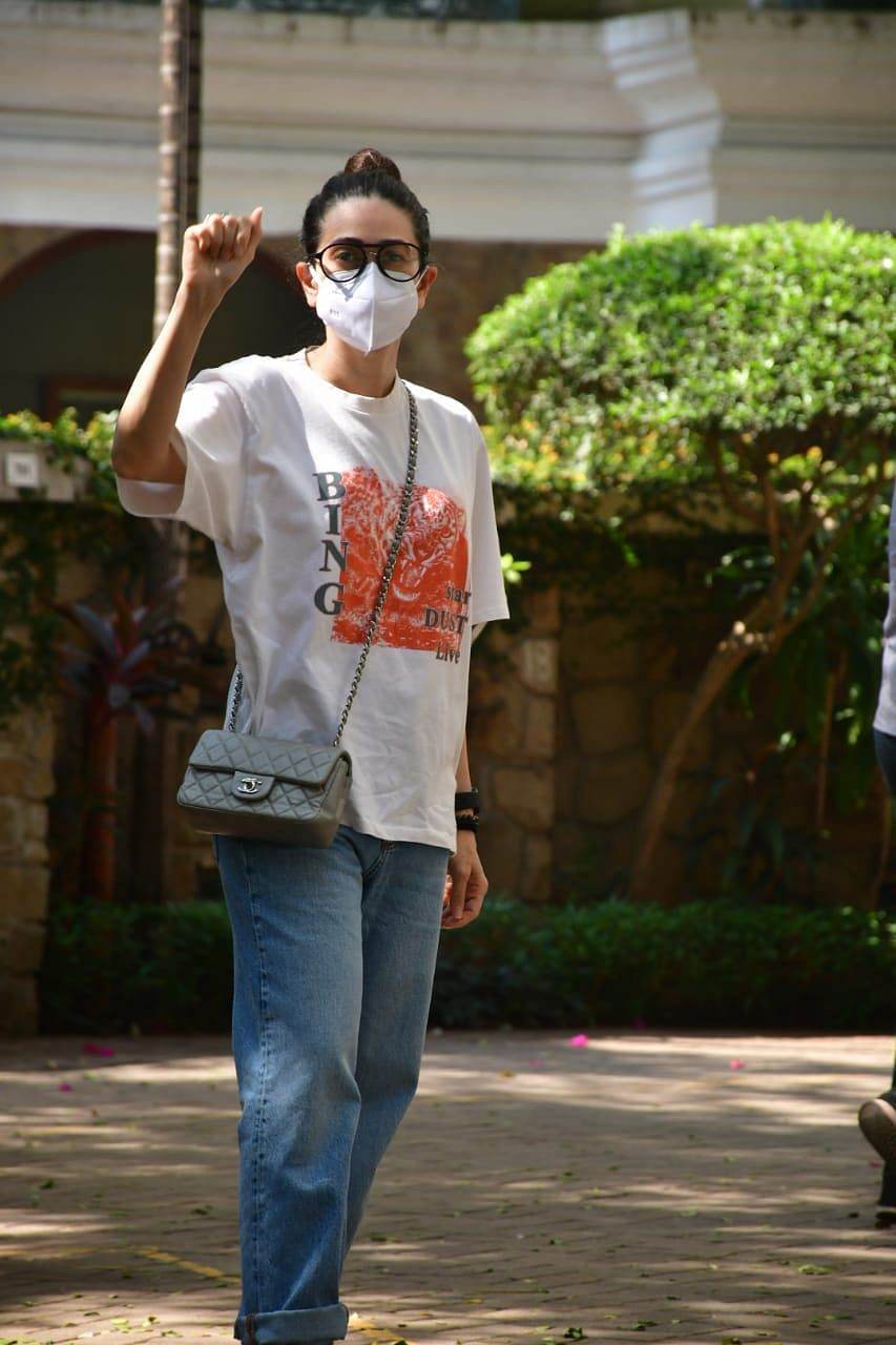 In Pics: Kiara Advani steps out for Sunday brunch with Sidharth Malhotra; Saif Ali Khan resumes work amid  'Tandav' controversy