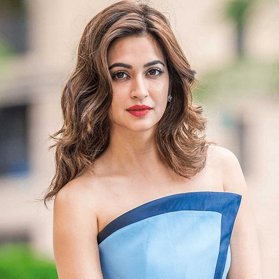 Kriti Kharbanda says 2020 taught her to love harder and stay strong