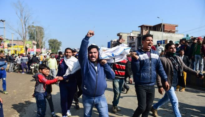 Ghaziabad crematorium incident: 24 killed, victims' kin block Delhi-Meerut highway; 3 officials arrested