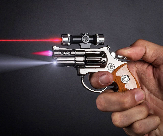 Bhopal: Jilted in love, man threatens girl's family with pistol-shaped lighter