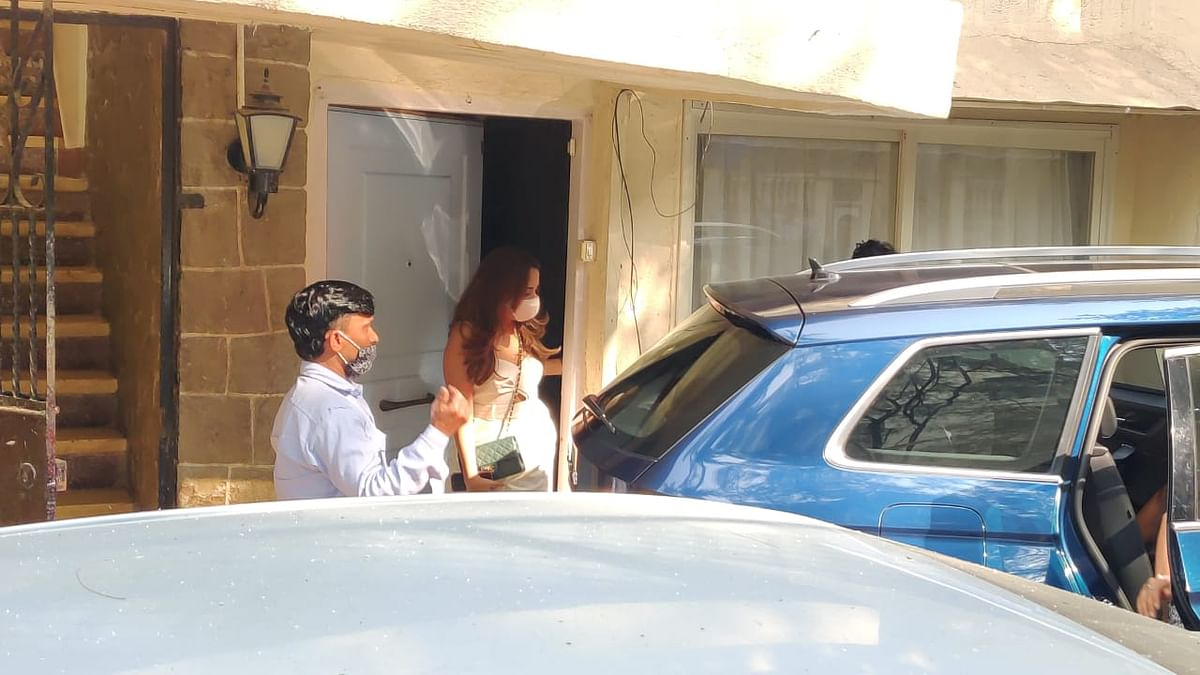 In Pics: Varun Dhawan's bride-to-be Natasha Dalal leaves for Alibaug with family for wedding