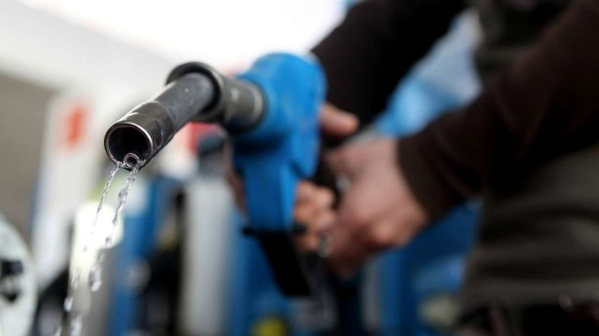 Diesel, petrol prices remain unchanged - Check today's fuel price in Delhi, Mumbai, Chennai, Kolkata here