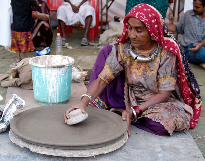 A woman potter in Kutch