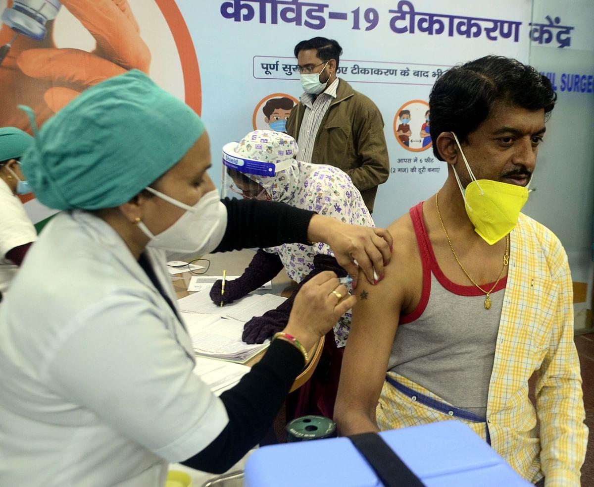 Vaccination drive in Mumbai: Footfall stays at less than 70%