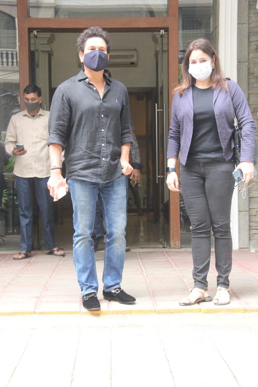 Sachin Tendulkar with wife